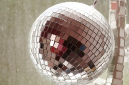 disco-ball-483829_1920